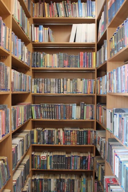 Biblioteka działa i poleca